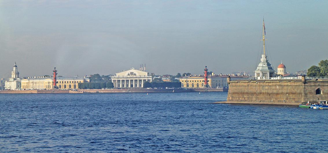 Die Paläste St. Petersburgs