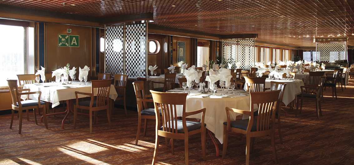 Restaurant - MS Hamburg