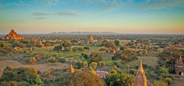 Pagoden-Feld in Bagan