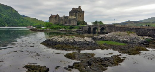 Eilean Donan Castle, Drehort für den James Bond-Film The World Is Not Enough
