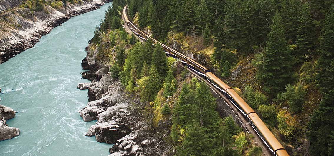 Der Rocky Mountaineer am Fraser Canyon