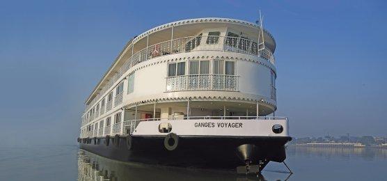 Ganges Schiffsreise Indien Weihnachten Und Silvester Auf Dem Ganges