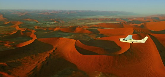 Flug-Safari in Namibia